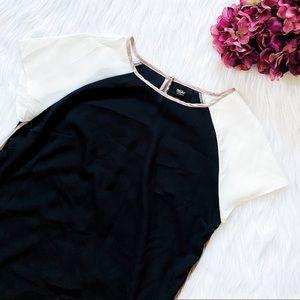 🔴4/$25 mossimo black & ivory blouse